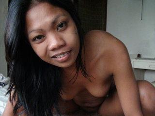 Cute Filipina Jacki gets anally penetrated
